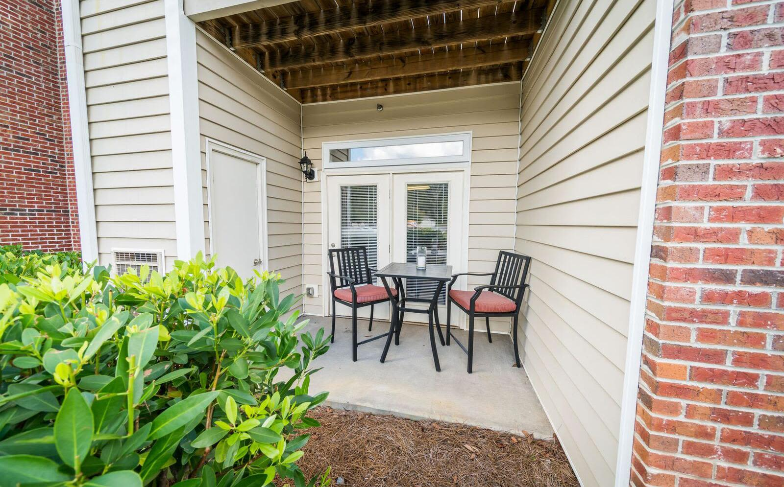 Private patio at Pavilion at Plantation Way apartments in Macon, Georgia