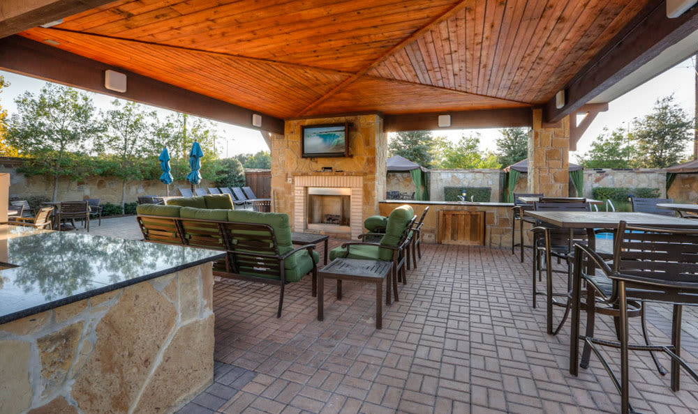 Covered BBQ sitting area at Discovery at Rowlett Creek