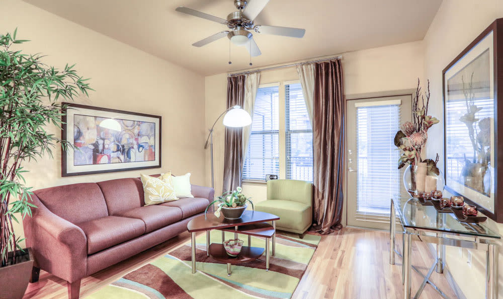 Living room at Discovery at Rowlett Creek