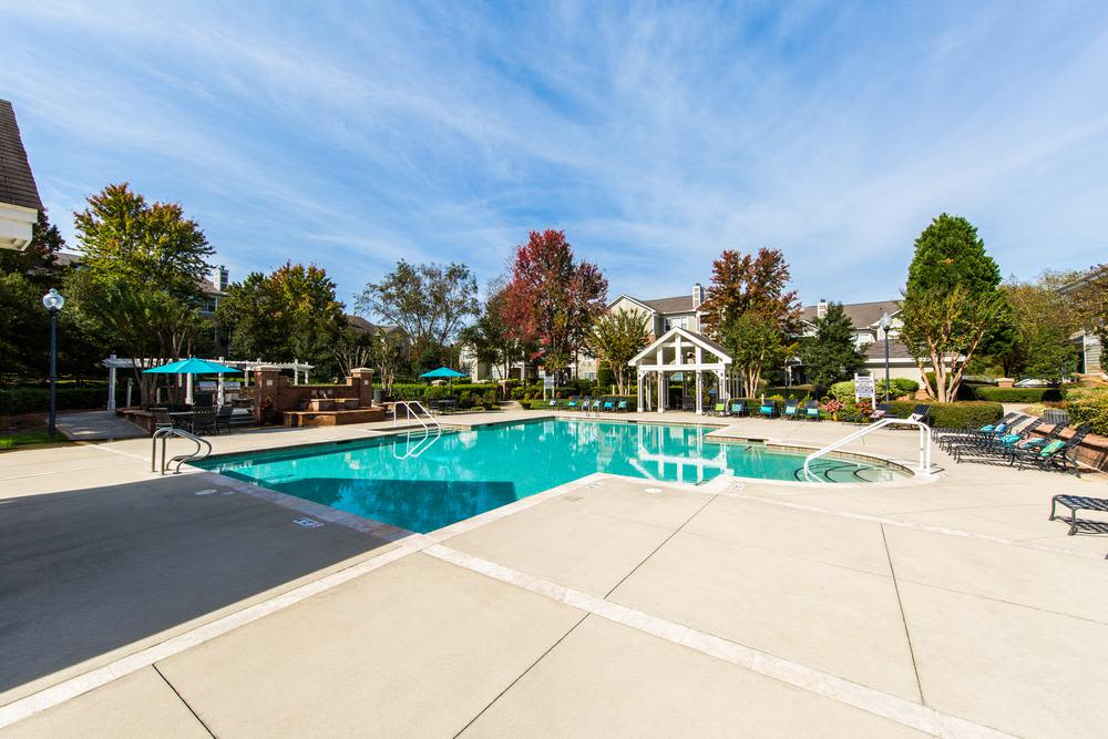 Pool at The Preserve at Ballantyne Commons