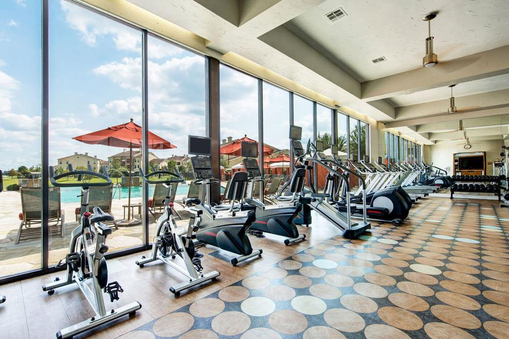 exercise facility at Marquis at the Reserve in Katy, TX