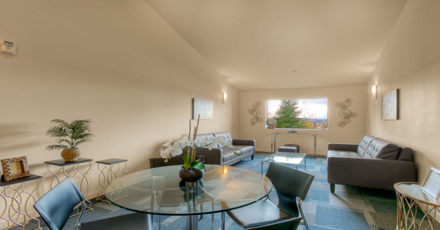 Luxury dining room at apartments in Renton, Washington
