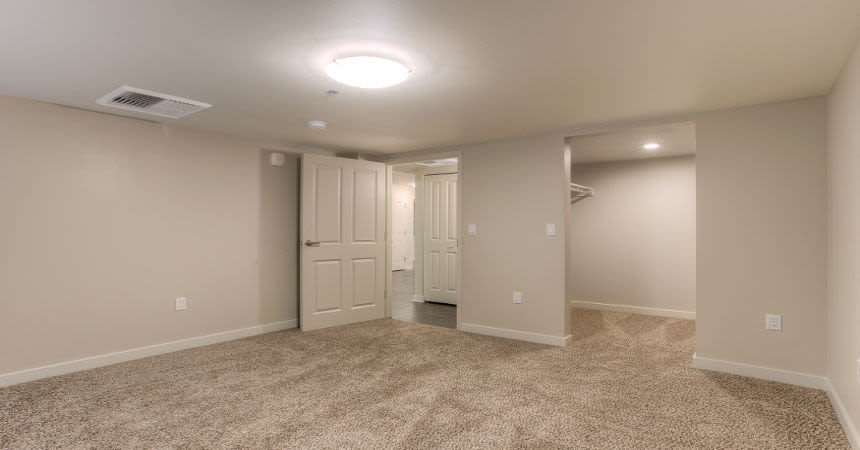 Built environments at our modern apartments in Renton