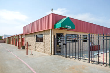 Nearby Amarillo, TX Storage - West 34th