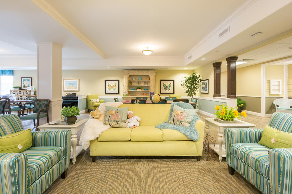 Common room at The Enclave at Anthem Senior Living in Anthem, Arizona