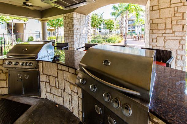 Enjoy a barbecue at Marquis Grand Lakes in Richmond, TX