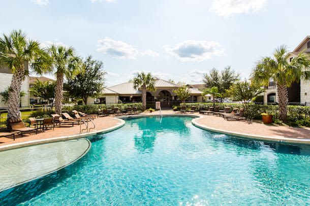 Swimming pool at Marquis Grand Lakes in Richmond, TX