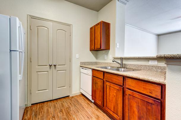 Modern kitchen at Marquis Grand Lakes in Richmond, Texas