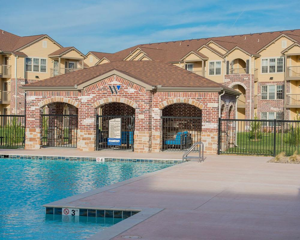 A luxury swimming pool at Watercress Apartments in Maize