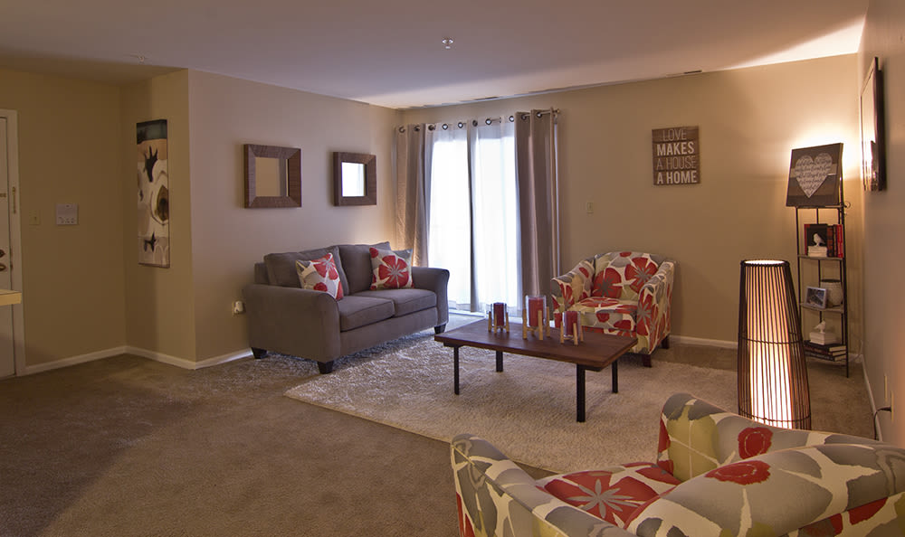 Spacious floor plans at The Lakes at 8201 in Merrillville, IN