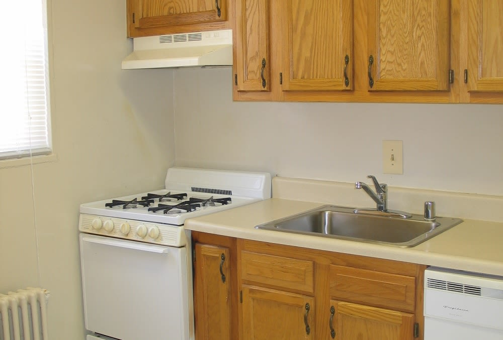 Enjoy a beautiful kitchen at Hamilton Manor