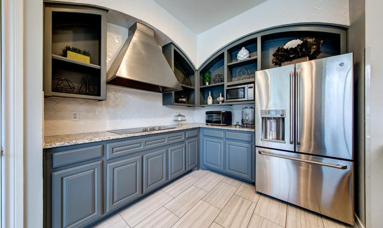 Beautiful kitchen at apartments Marquis at Stonegate in Fort Worth