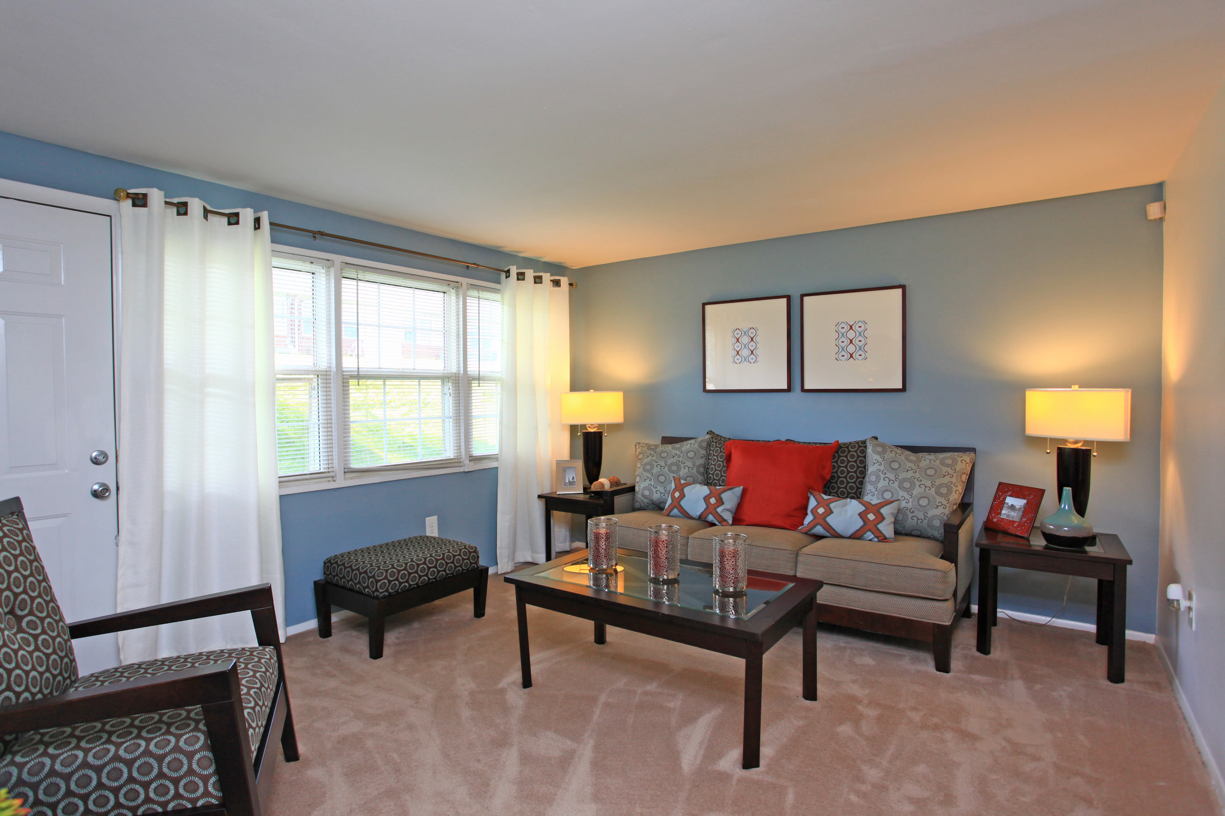 Our apartments in Halethorpe, Maryland offer a living room