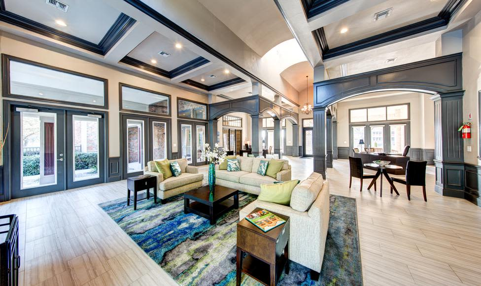 Example of beautiful livingroom at Brooks on Preston in Plano