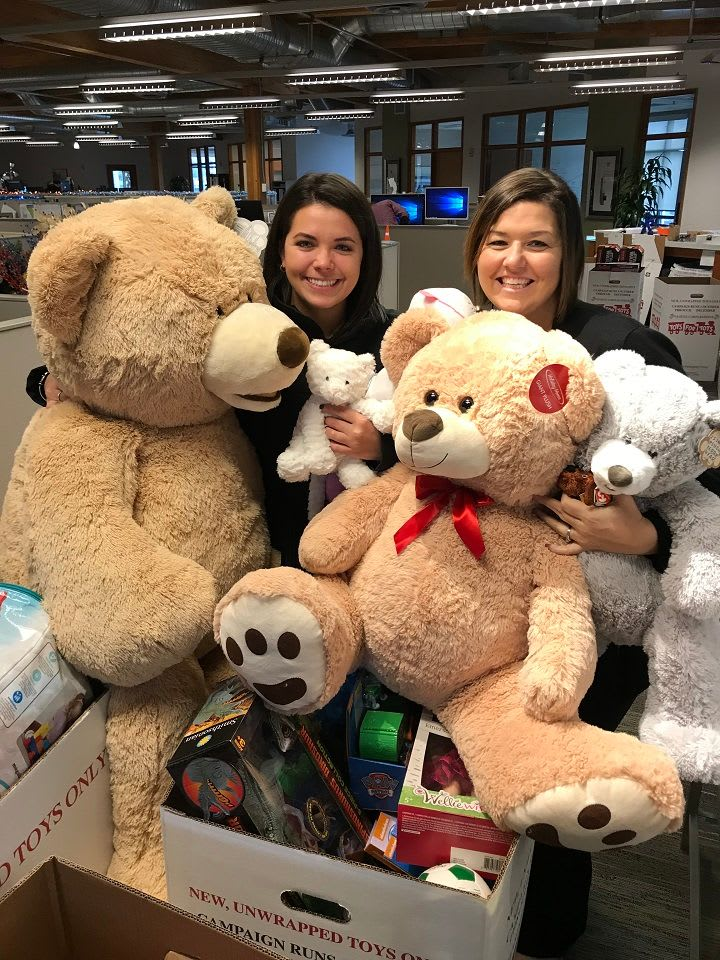 Toys For Tots 2017 Centurylink Seattle : Toys for tots