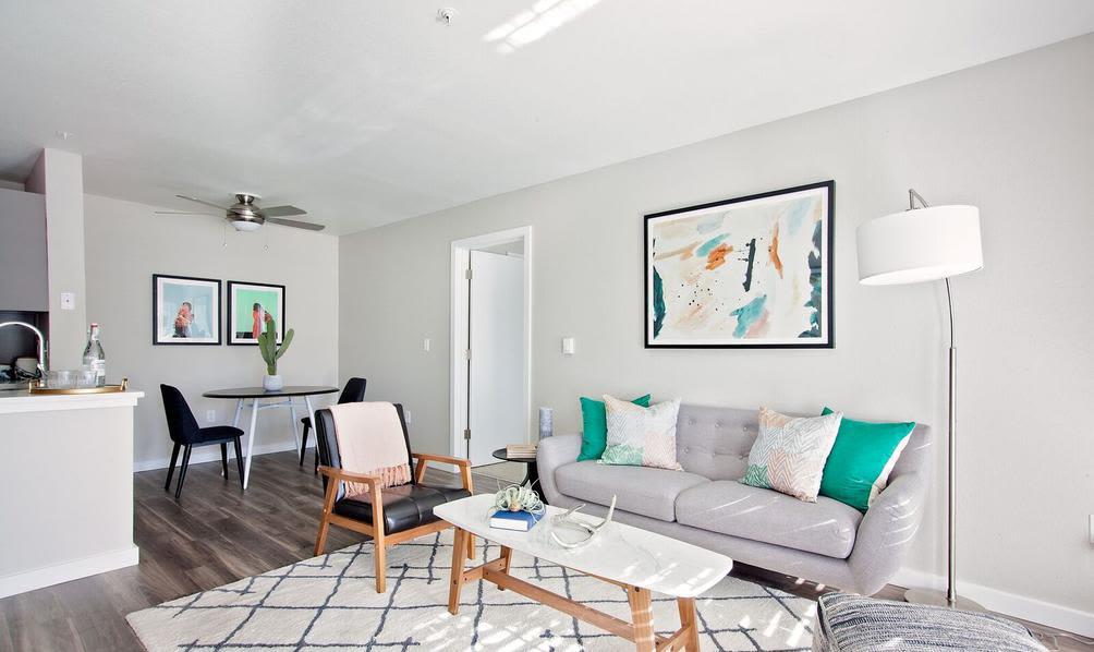 Modern Living room in Beaverton, Oregon