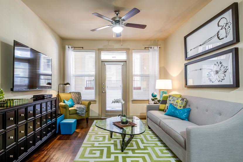 Luxurious furnishings in model apartment home at 4000 Hulen Urban Apartment Homes in Fort Worth