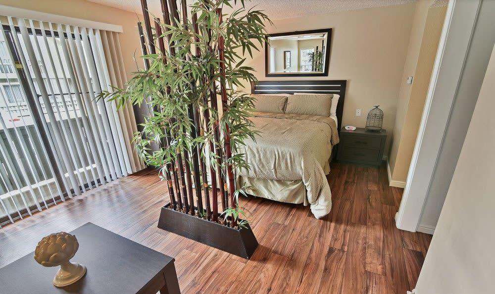 Modern bedroom at Seven65 Lofts