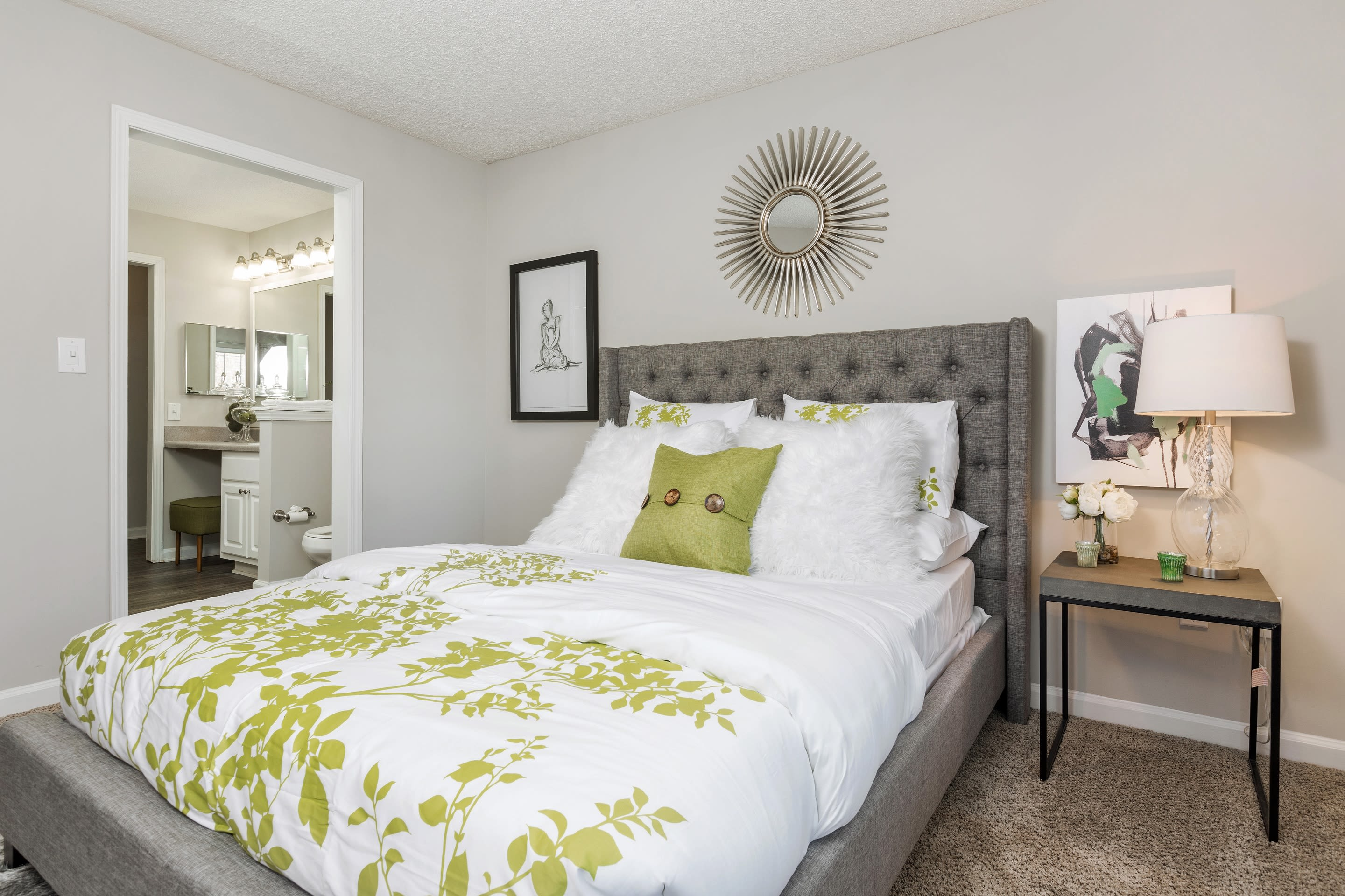 Guest bedroom at Belle Vista Apartment Homes in Lithonia, GA.