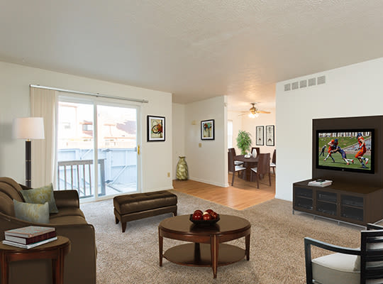 Visit Brighton Colony Townhomes Website