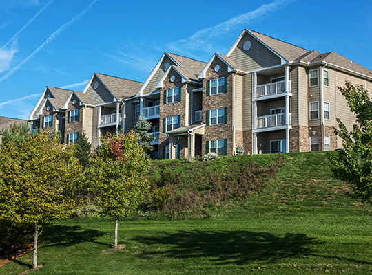 Visit the Waterford Nevillewood Apartments Website