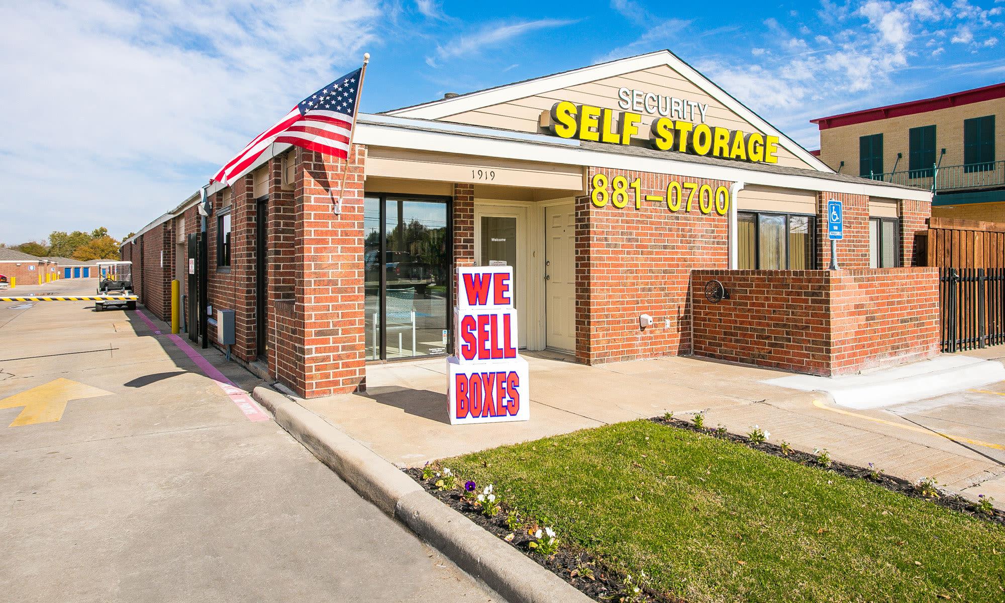 Self storage in Plano TX