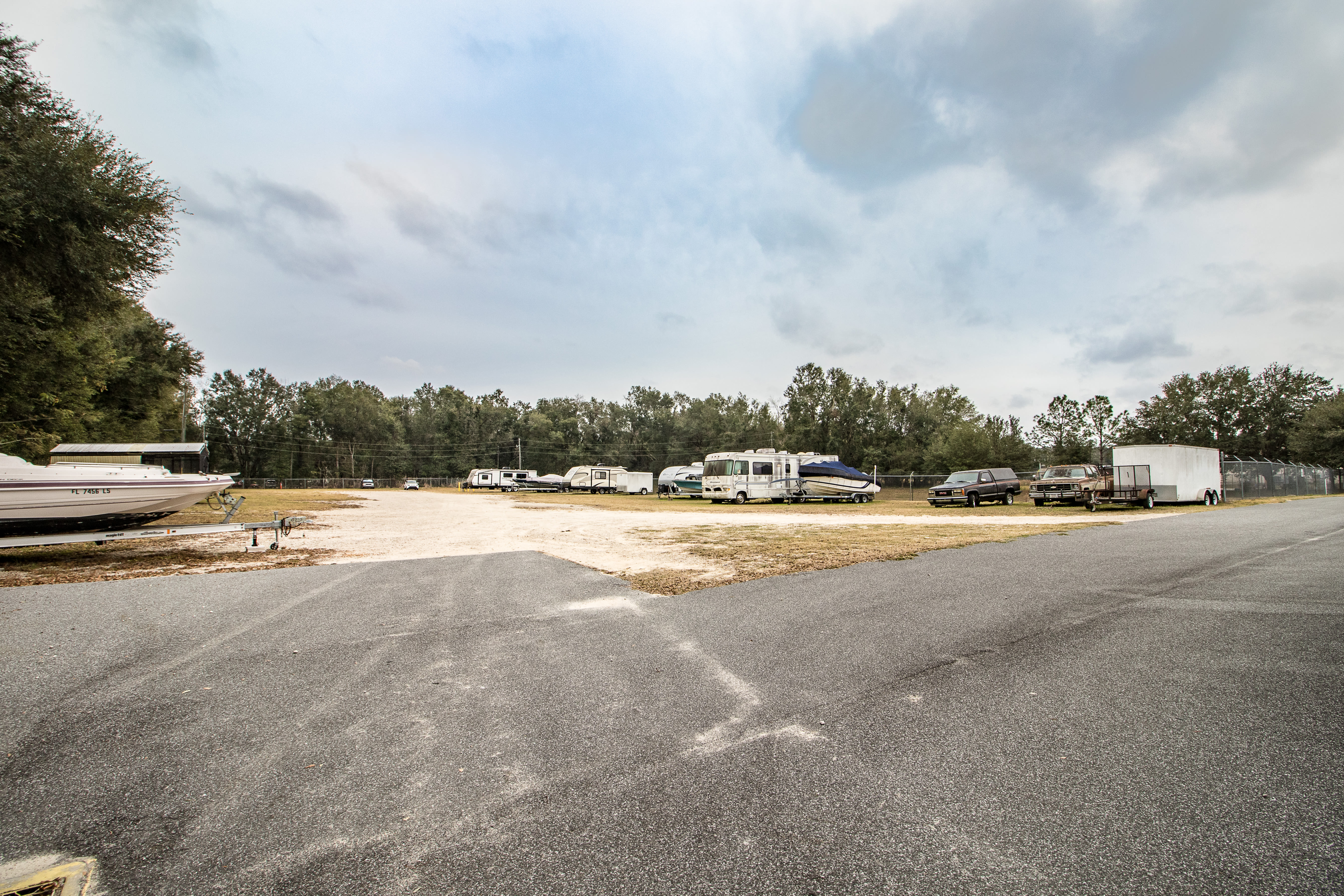 Rv storage at Neighborhood Storage in Belleview, Florida
