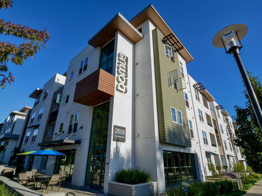 External view of Domus on the Boulevard in Mountain View CA
