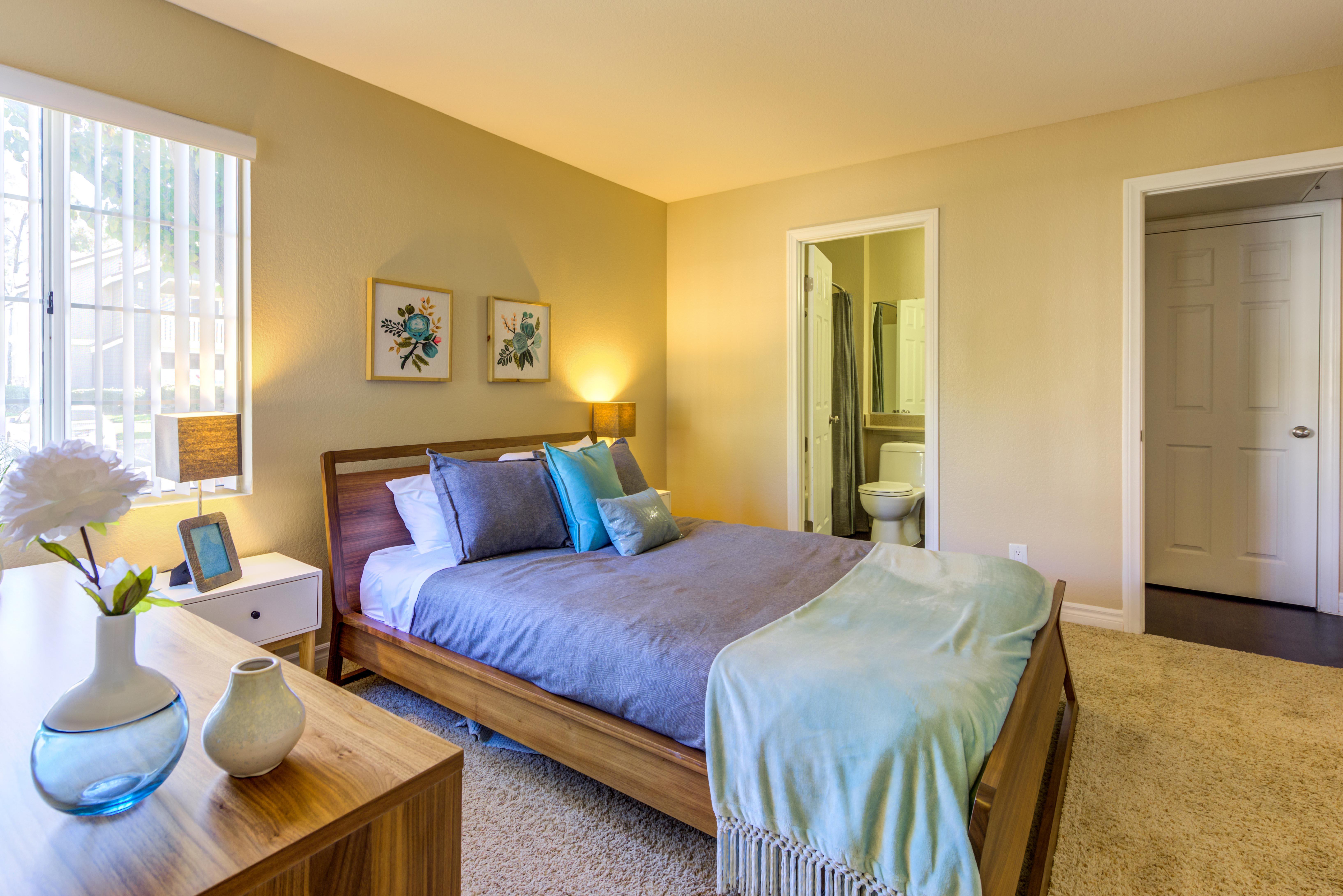 Master Bedroom Gallery at Village Oaks