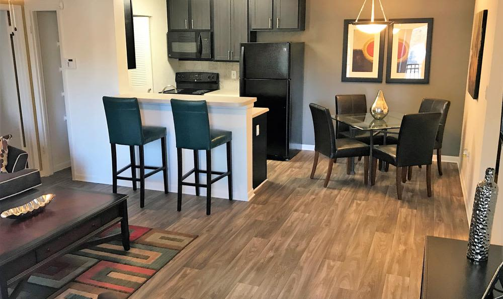 Dining room at Palencia Apartments in Tampa