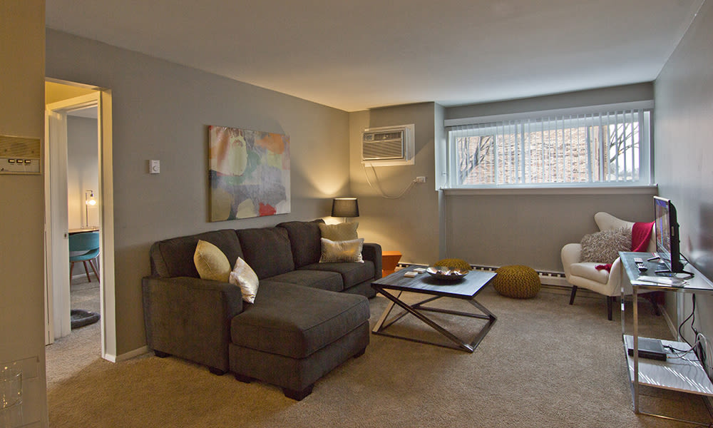 Living room at The Flats at Gladstone in Glendale Heights, Illinois