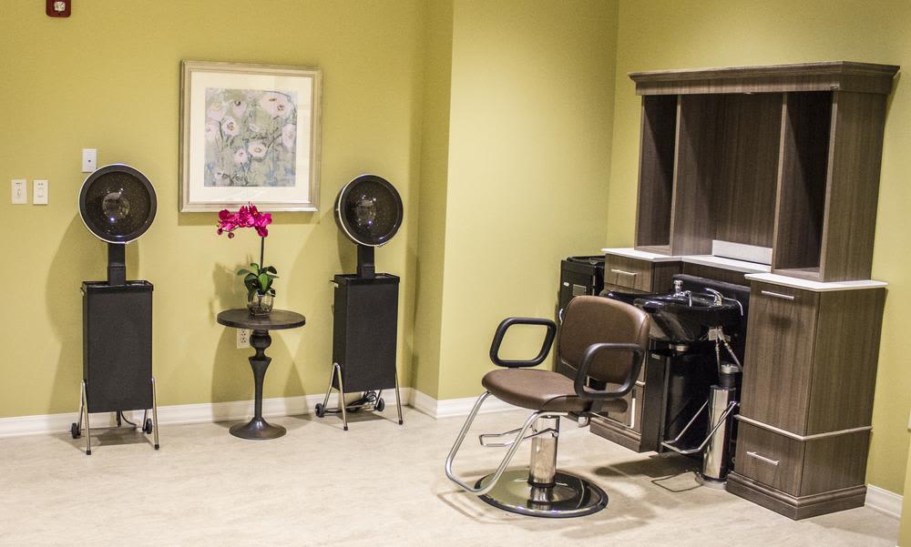 Barber shop at Bridgewater Park in Ocala