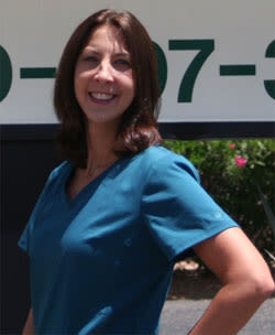 Dr. Rachel Temkin at Oro Valley Animal Hospital