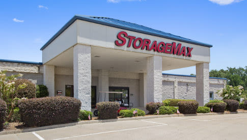 StorageMax Brandon location