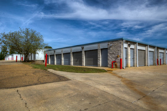 Storage units for rent in Clinton, MS