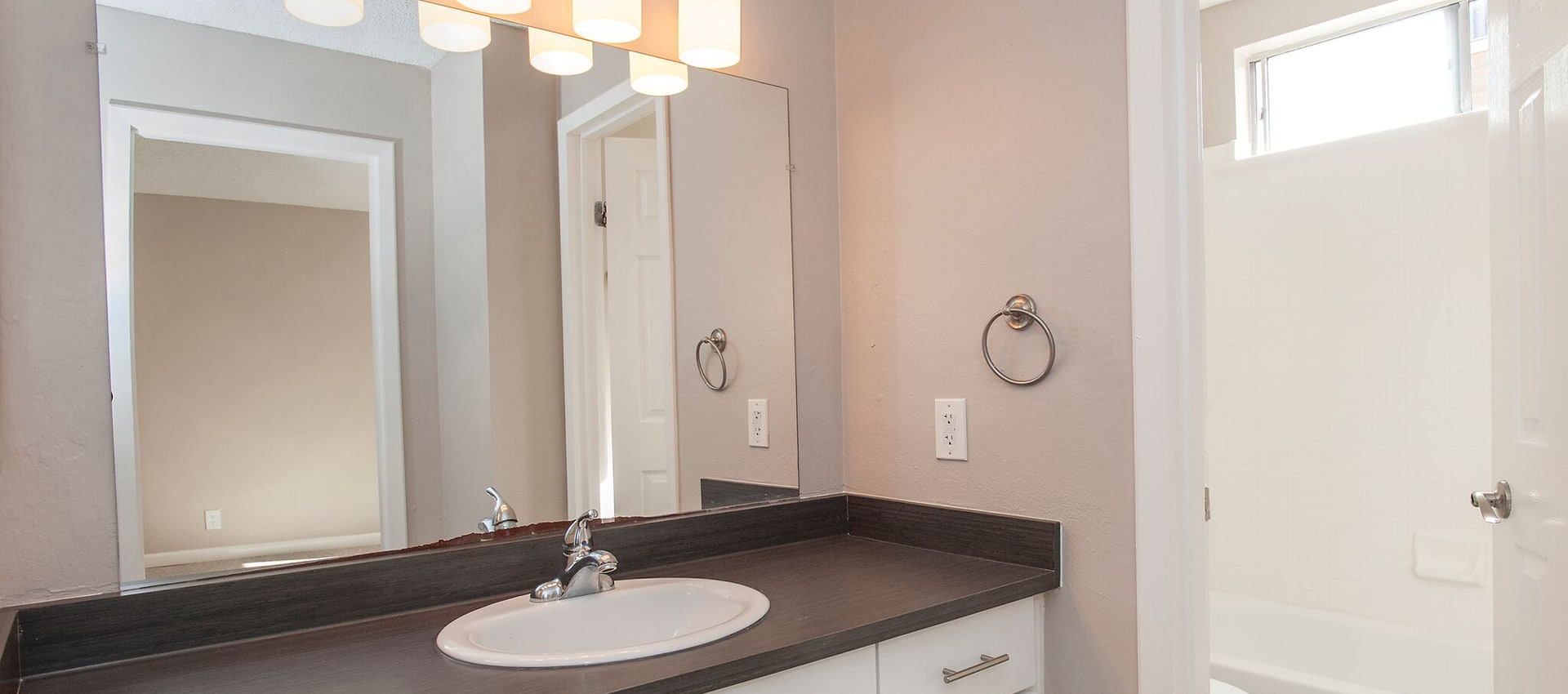 Model bathroom at Flora Condominium Rentals in Walnut Creek, California