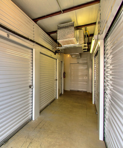 Check out our list of features offered at StorageMax Tupelo on Main