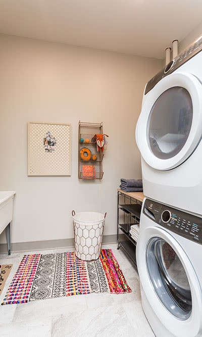 Waters Edge Apartments in Webster, New York offers apartments with a washer/dryer
