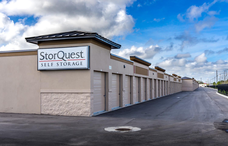 Exceptionnel Store More, Live More. StorQuest Vero Beach ...