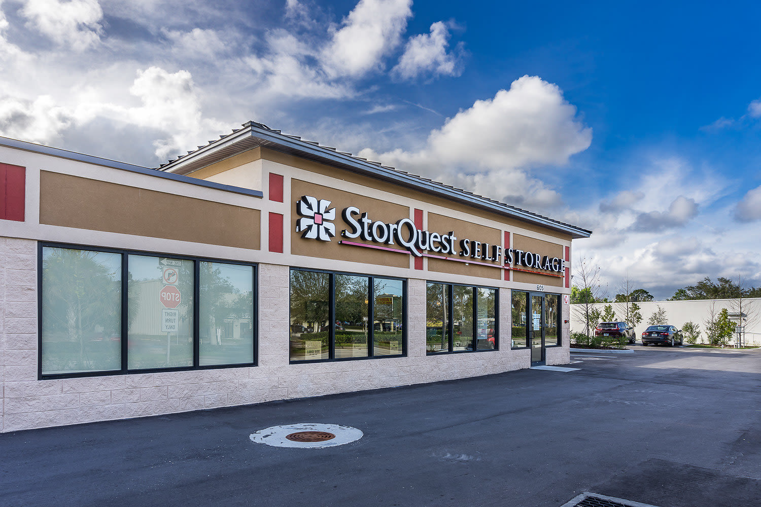Store front at StorQuest Self Storage in St Cloud, FL