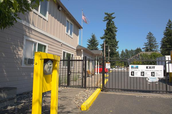 Exterior view of Iron Gate Storage - Mill Plain in Vancouver, WA