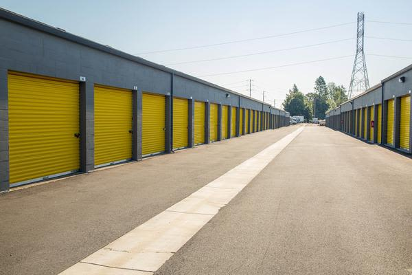 Storage units at Iron Gate Storage in Beaverton, OR