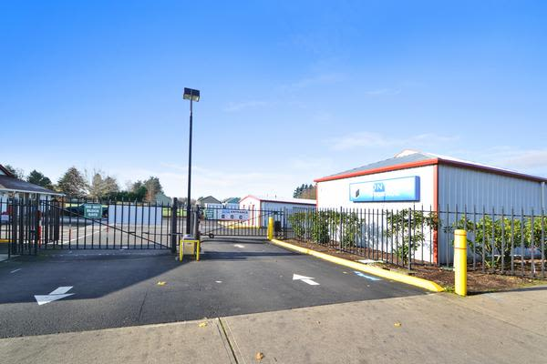 Exterior view of Iron Gate Storage in Vancouver, WA