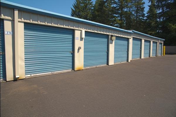Storage units at Iron Gate Storage - Cascade Park in Vancouver, WA