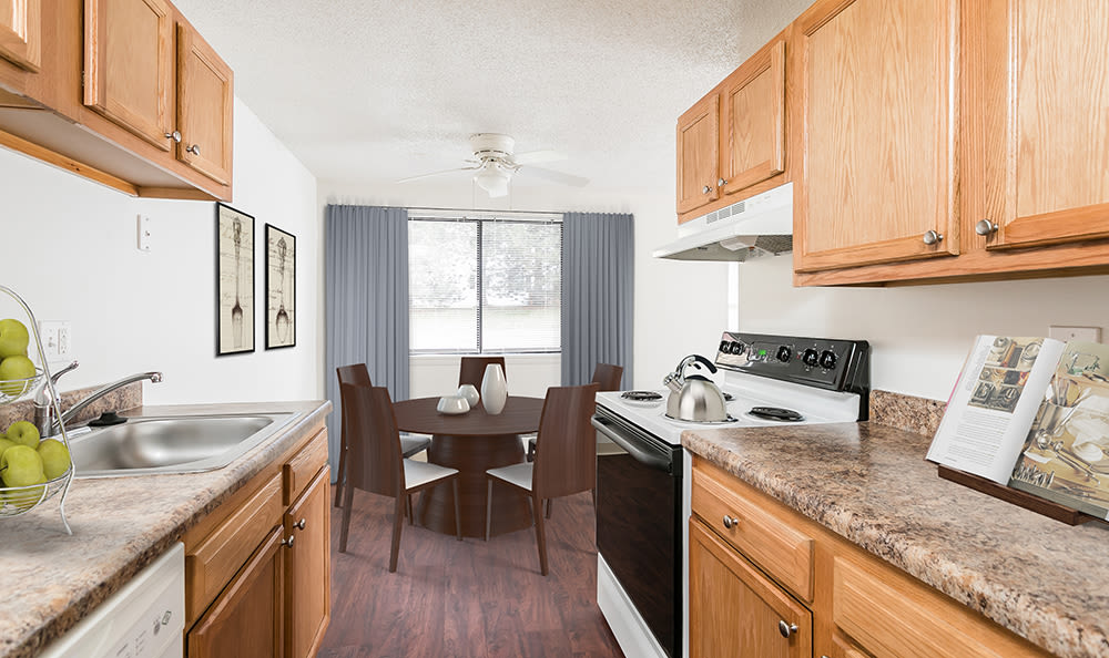 Fully-equipped kitchen at Hilton Village II in Hilton