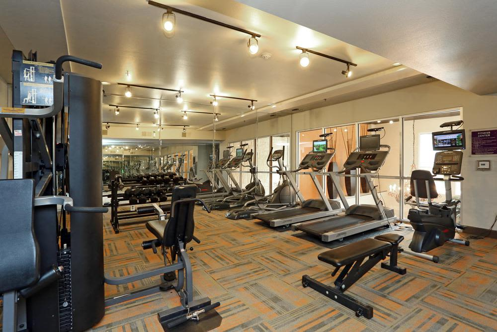 State-of-the-art fitness center at 1001 Ross in Dallas, TX