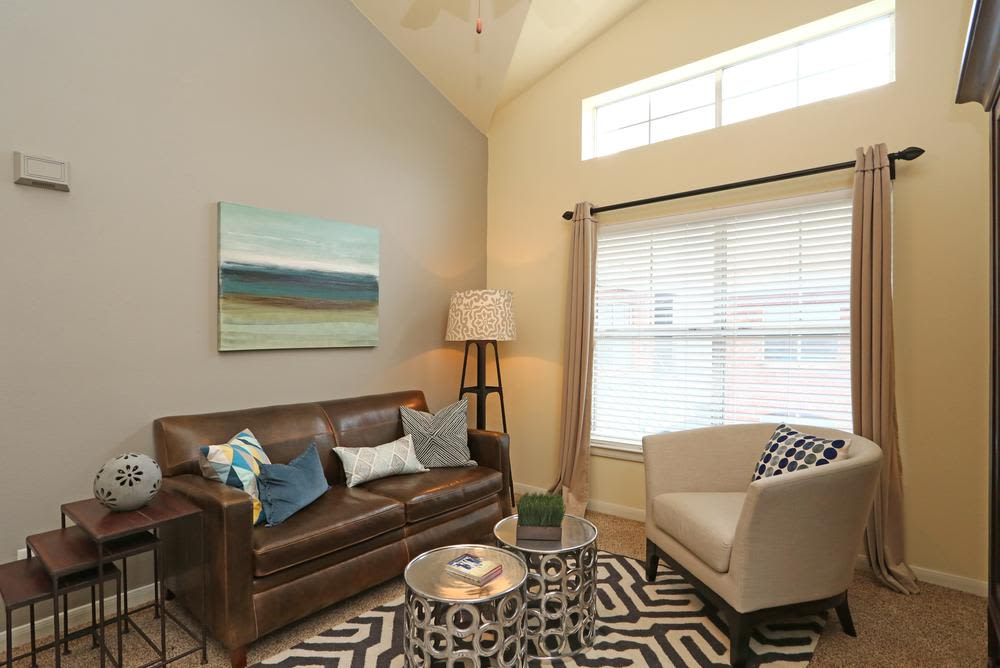 Welcome to living room 1001 Ross in Dallas, TX