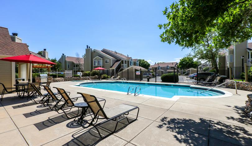 Pool at Deerfield Apartments