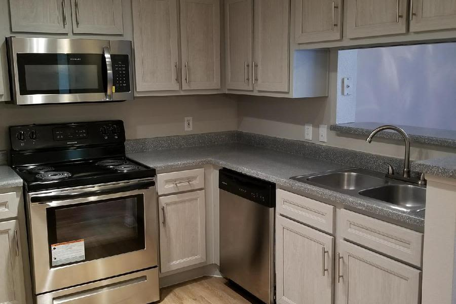 Elegant Handsome Cabinets And Finishes Make For An Attractive Kitchen At  Eagle Crest Apartments With Handsome Cabinets.