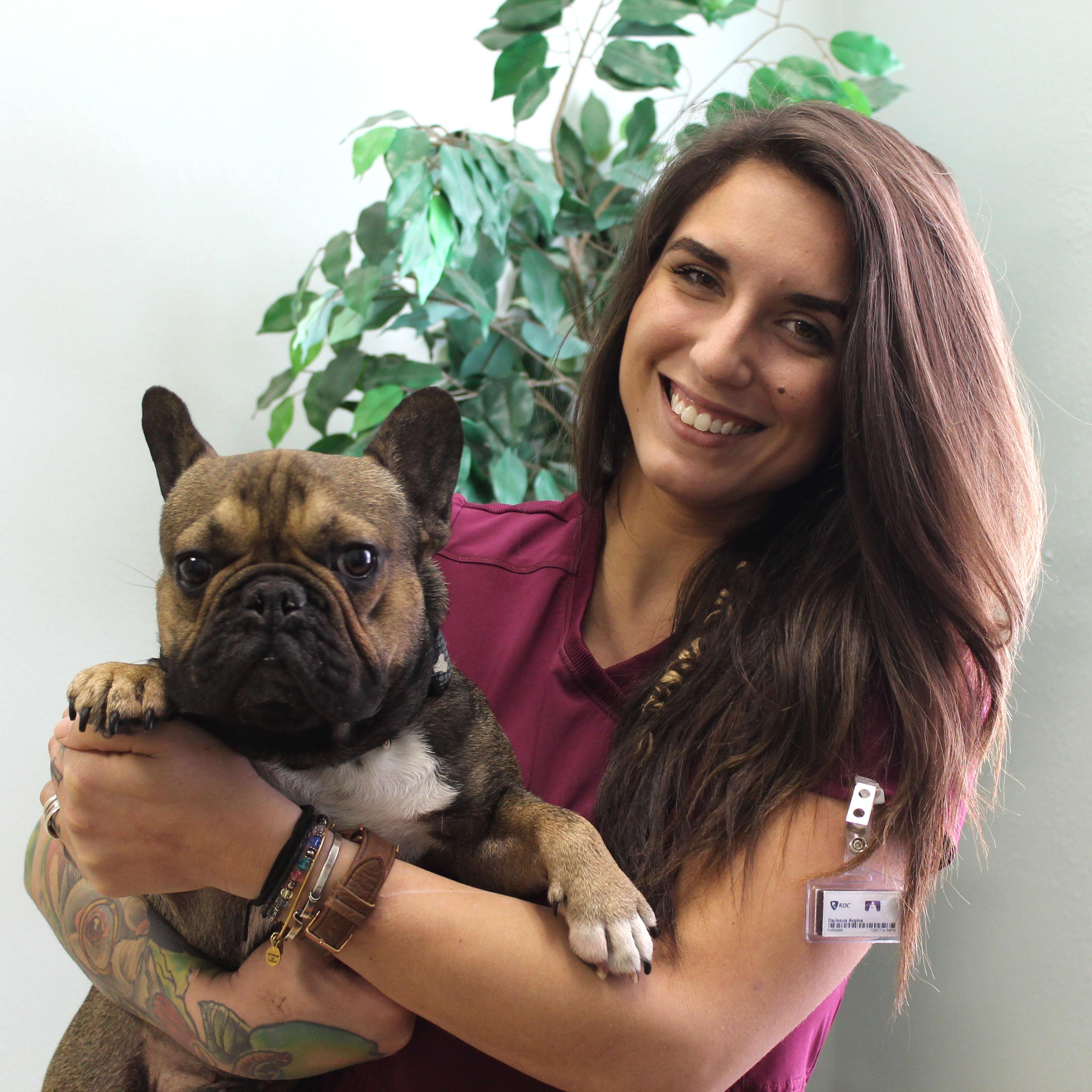 Team member Gina at University Animal Hospital